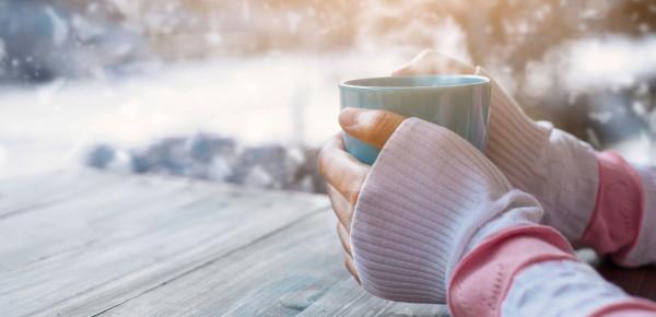 6-winterse-koffie-en-theerecepten